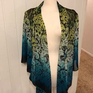 Tops - Beautiful kimono style colorful top